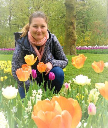Séverine Slusarz, directrice d'éternel jardin (entretien et fleurissement de sépultures) à Hoerdt dans le bas-rhin