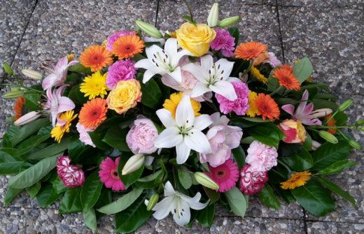 Gerbe de deuil en fleurs fraîches pour Eternel Jardin