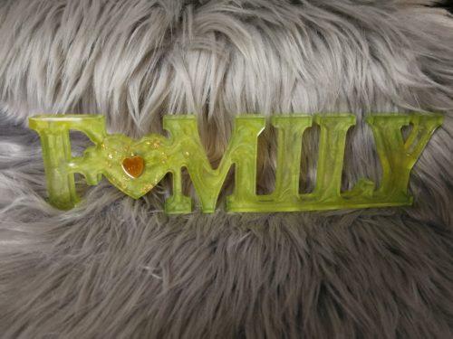 Family en résine, vert, décoration à poser
