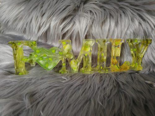 Family en résine, vert lumineux, décoration à poser